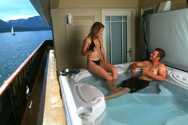 Houseboat Hot Tub